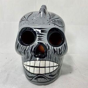 "Sugar Skull Gray & White 5"""